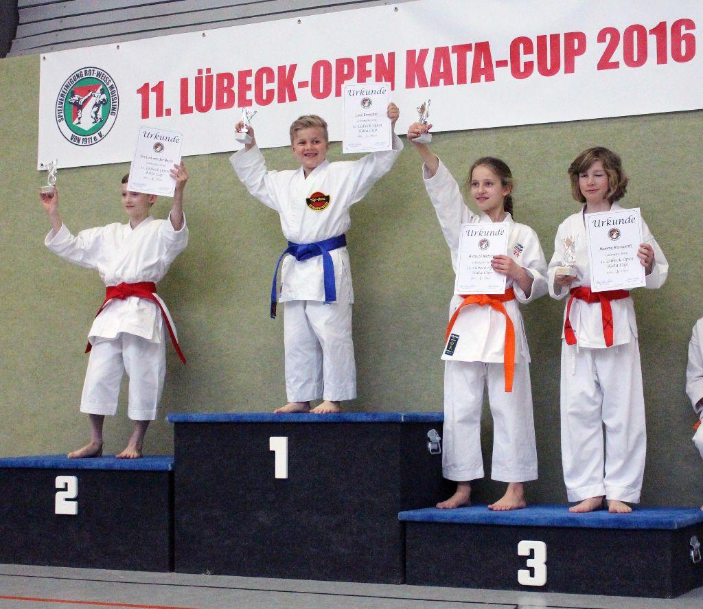 02_11-Luebeck-Open Kata-Cup _160416__